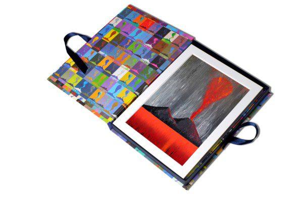 Assoluto - grigio e rosso - 053-3221